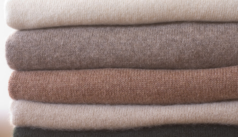 stack-of-cashmere